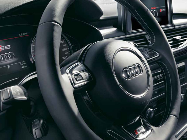 Audi A6's leather steering wheel