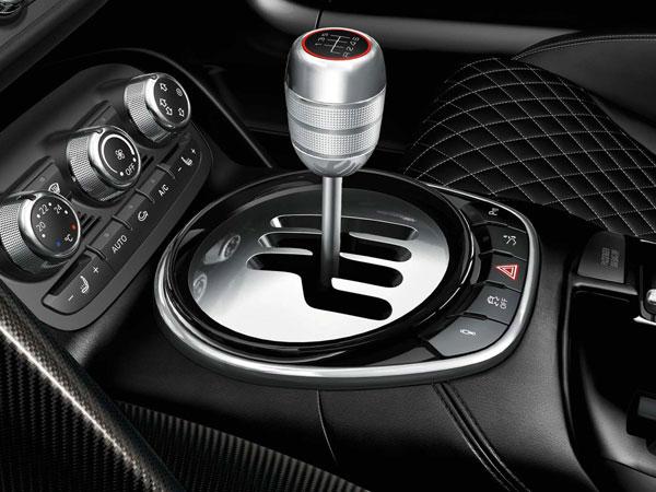Audi R8 Hire, Exotic Audi R8 V10 Spyder Rental