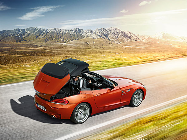 BMW Z4 Roadster's opening roof
