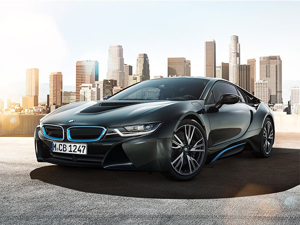 Black BMW i8, an exotic sportscar