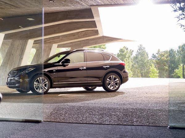 infiniti qx50 rental book luxury car