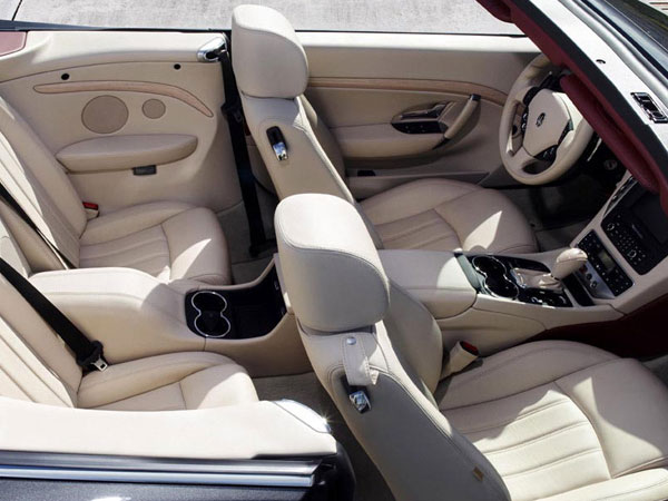 Luxurious 4 seater GranCabrio