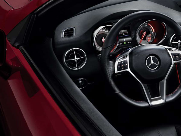 Mercedes SLK's luxury driving cockpit