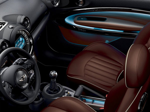 Mini Cooper S Paceman luxurious cabin