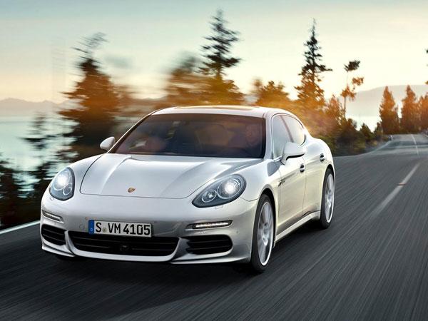 Luxury Vehicle: Porsche Panamera Diesel Rental