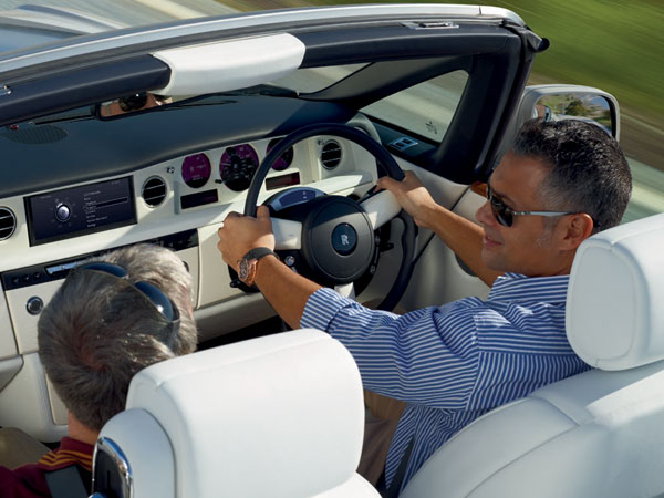 Rolls Phantom Drophead's luxurious cabin